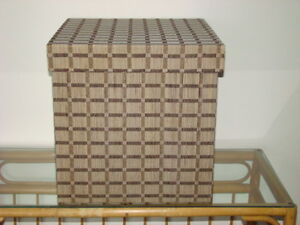 Decorative Storage Cube with Lid