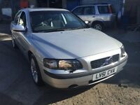 2001 Volvo S60 automatic, 1 years MOT, 51,000 miles, starts and drives fantastic, very clean