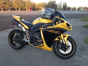 Yamaha YZF R1 - Showroom Condition