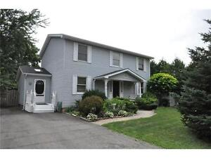 Beautiful 3+1 Bedroom Home for sale in Niagara on the Lake