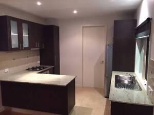 Kitchen + Free Appliances Carnegie Glen Eira Area Preview