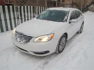 2012 Chrysler 200 Limited/*TRÈS PROPRE* SUNROOF*  $39 SEMAINE