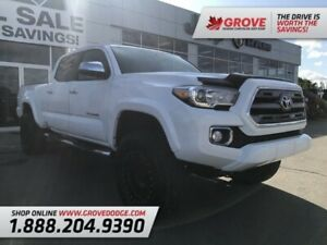 2016 Toyota Tacoma Limited| Low KM| Leather| Sunroof| Remote Sta