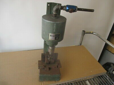 Mead H122-4 Fluid Dynamics Spring Return Pneumatic Air Press With Tooling
