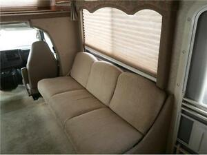 2008 FOUR WINDS CHATEAU 28 W C CLASS WITH 63000 KMS! $33995! London Ontario image 12