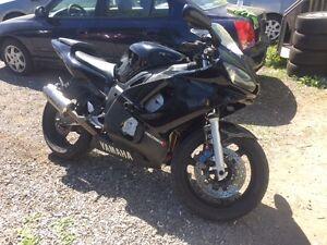2002 Yamaha R6 ***RUNS GREAT***