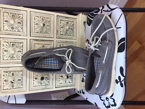 Men's Size 7 Grey Sperry Top Sider Deck Shoes