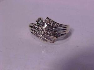 #906-10 K YELLOW GOLD OLDER DIAMOND RING Size7 1/4- HALLMARKED & TESTED WILL ACCEPT EMAIL BANK TRANSFER ONLY