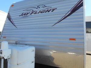 2013 JAYFLIGHT 32 BHDS - TRAVEL TRAILER Edmonton Edmonton Area image 2