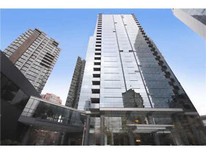 2 BED 2 BATH + DEN + PARKING WALL CENTRE DOWNTOWN over 1100sqft