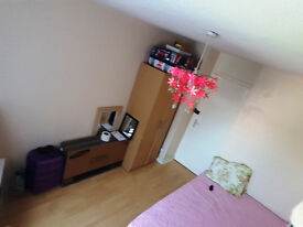 Large Spacious Double Room In Barking Including Bills