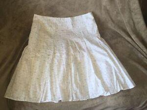 Women's Reitmans Skirt - Size 15 Kingston Kingston Area image 1
