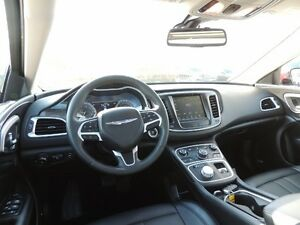 2016 Chrysler 200 C Windsor Region Ontario image 6