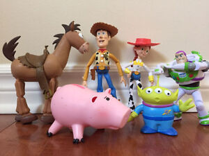 TOY STORY COLLECTION OF FIGURES