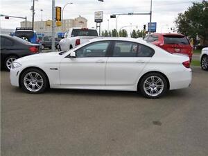 2013 BMW 5 Series 528i AWD/LTHR/M PACKAGE/ROOF/NAV WASY FINANCIN