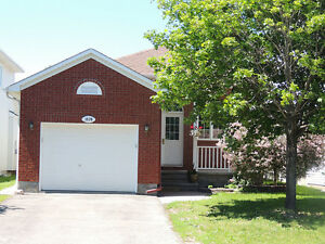 2 bedroom apartment for rent - Orleans - 1150$ utilities include