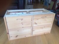 4 drawers chest in solid pine