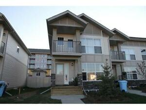 4 Bdrm end unit townhouse in Eagle Ridge