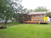 SLAVE LAKE- 4 bedroom house for rent, huge backyard with deck