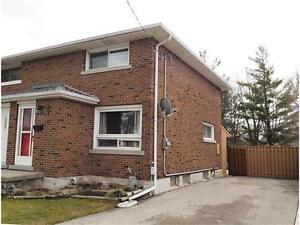 2 Bedroom Semi with Hardwood Floors, New Roof, Fence and more!