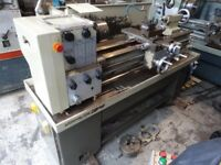 HARRIOSN TYEP M300 GAP BED CENTRE LATHE