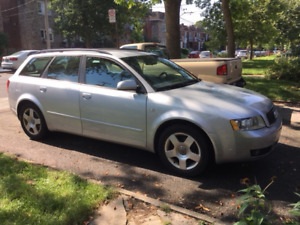 Audi Familiale A4 Avant Quattro 2004 en excellente condition