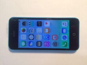 Apple iphone 5C Blue 8G Telus/ Koodo/PublicMobile $140 New(9/10)