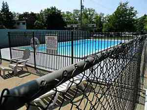 Dundas 3 bedroom condo with pool!
