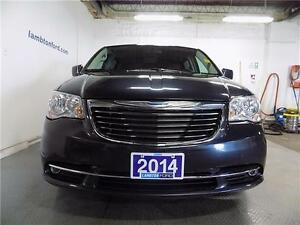2014 Chrysler Town & Country Touring Sarnia Sarnia Area image 2