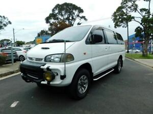 b369d8a67f 5 SPEED MANUAL MITSUBISHI DELICA SPACE GEAR DIESEL 4WD ...