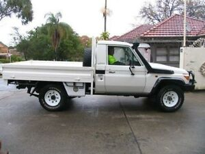 2014 Toyota Landcruiser VDJ79R MY12 Update GX (4x4) White 5 Speed Manual Cab Chassis Kingsgrove Canterbury Area Preview