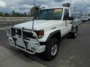 2000 Toyota Landcruiser HZJ79R (4x4) White 5 Speed Manual 4x4 Cab Chassis Wacol Brisbane South West Preview