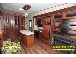 New 2017 Forest River Wildcat 323 MK 5th Wheel Windsor Region Ontario image 17