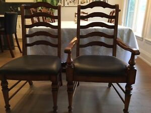 Beautiful solid wood kitchen chairs