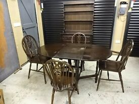 Dining set - Dining table, four chairs and dresser in dark Oak.