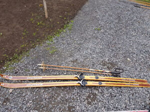 Cross Country Splitkein Skis with poles