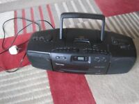Portable Retro CD/Cassette/Radio system