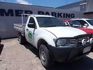 Mitsubishi Triton ute Wrecking! Mount Louisa Townsville City Preview