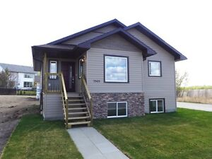Brand New Home in Camrose
