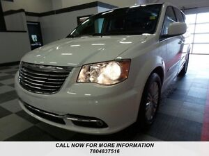 2015 Chrysler Town & Country Touring loaded with leather