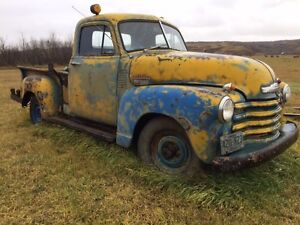 1949 1/2 Ton Short box stepside.