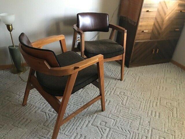 W.H. Gunlocke Co mid-century modern vintage chairs. Gorgeous,quality furniture!