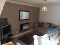 Spacious Fully Furnished 1 Bedroom Flat in Woodside