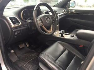 2014 Jeep Grand Cherokee 4x4 Overland w/Every Option $294 B/W Regina Regina Area image 14
