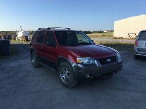 2005 Ford Escape VUS
