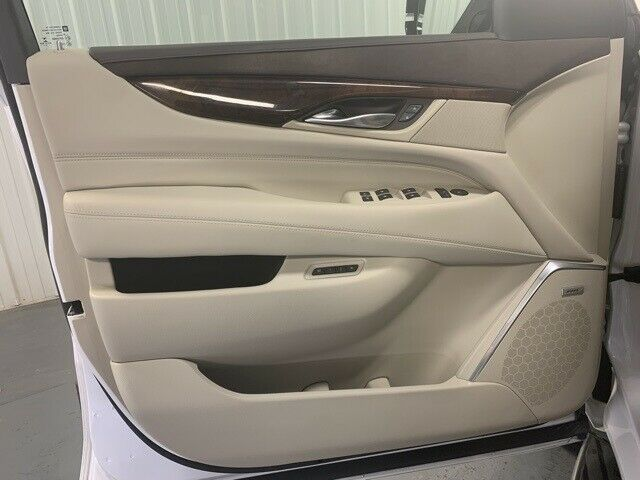 Image 11 Voiture American used Cadillac Escalade 2016