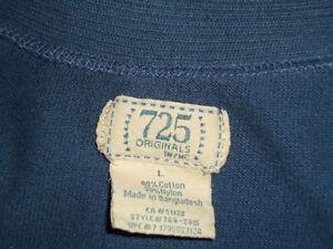Ladies Size Large Knit Short Sleeve V-Neck Kingston Kingston Area image 3