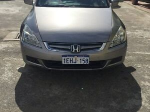 2004 HONDA ACCORD LUXURY WITH VERY LOW KM Maddington Gosnells Area Preview