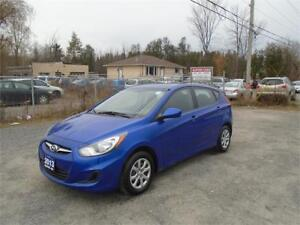 2013 Hyundai Accent-1 OWNER-61,000 KM-BALANCE OF FACT. WARRANTY!