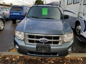 2010 Ford Escape XLT Automatic 3.0L  4X4 - Only 24500 Kilometers